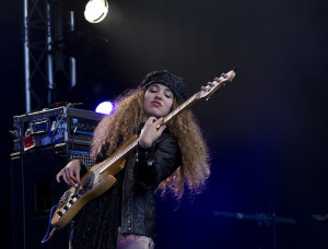 Tal Wilkenfeld playing with Herbie Hancock