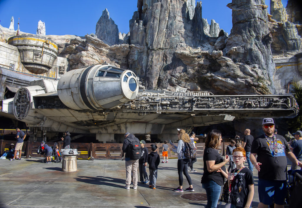 Millenium Falcon i Galaxy's Edge