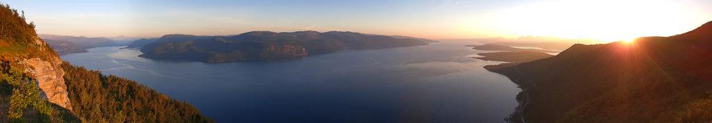 Panoramautsikt over Saltenfjorden fra Kvænflåget.
